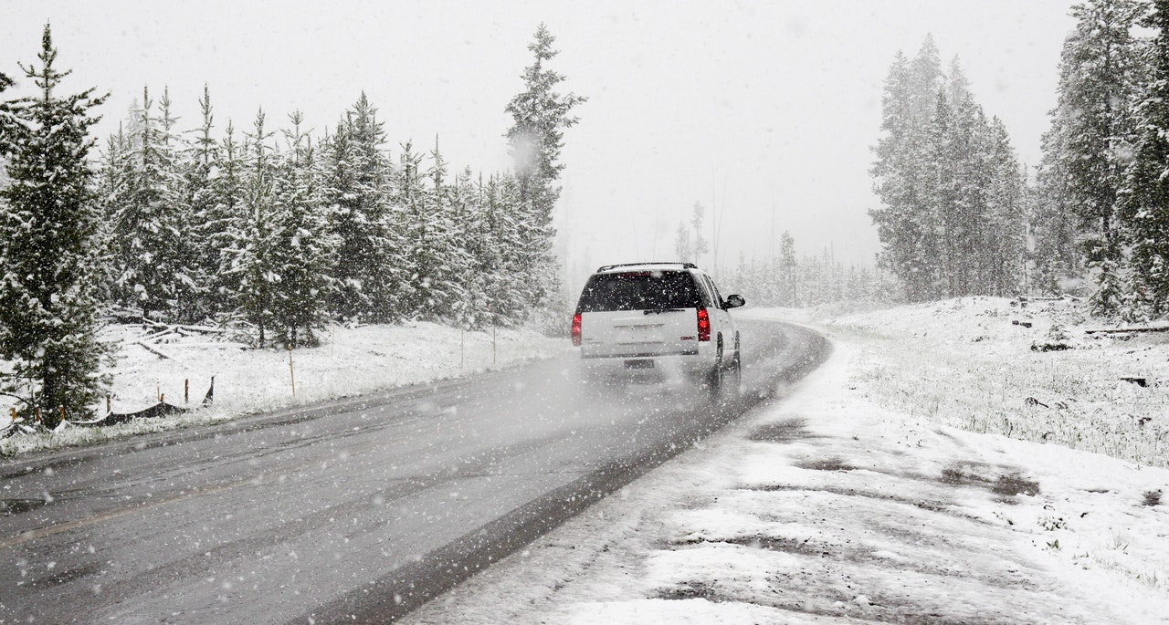 winter tires, how cold affects tires, ow winter affects tires, winter effects tires, How Does Cold Weather Affect Your Car, How Cold Weather Affects Your Car, effects of cold weather on cars, cold weather vehicle