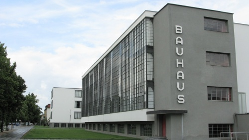 How the Staatliches Bauhaus Fused Art and Industrial Design
