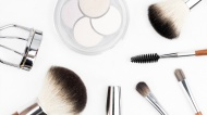 A Beauty Junkie's Guide to Petroleum Jelly